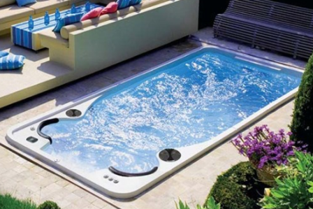 14ft Self Cleaning Swim Spa
