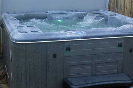 Self Cleaning 670 Gold Hot Tub