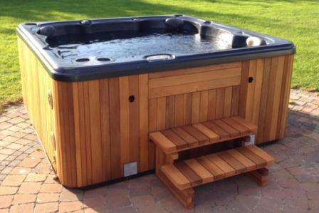 Self Cleaning 495 Hot Tub